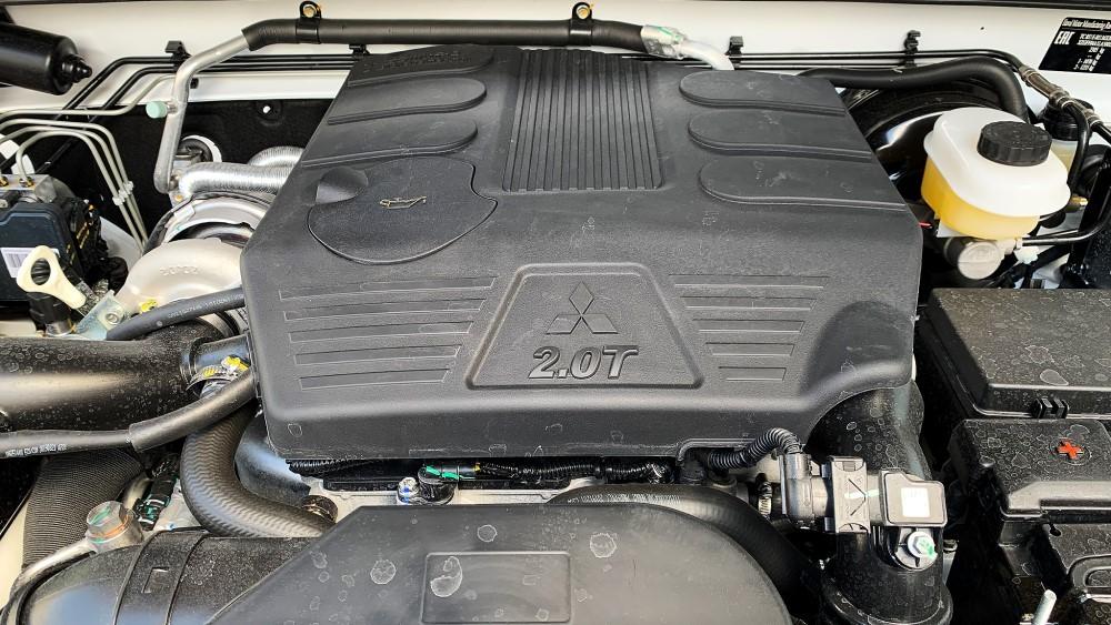 двигатель mitsubishi 2.0