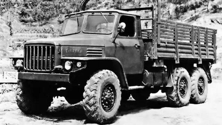 грузовик DongFeng EQ240