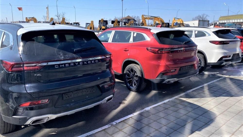 автосалон китайских автомобилей во Владивостоке